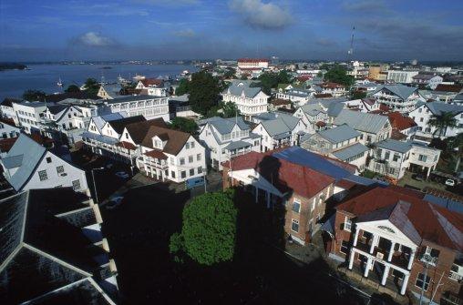 surinam Иммиграция в Суринам