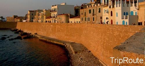 sardiniya 500x230 Что посмотреть в Сардинии?